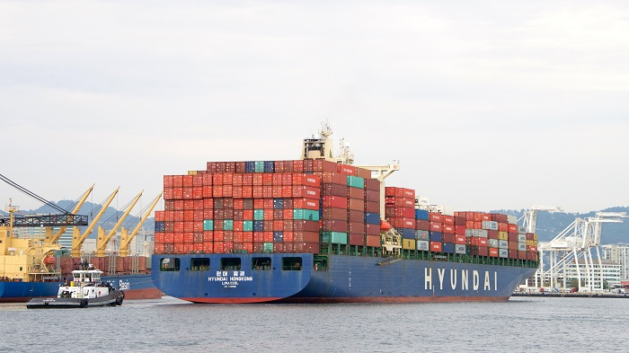 The new AAL-HMM service will operate five ships.