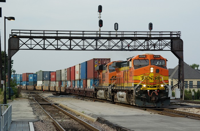 A BNSF intermodal freight train in Illinois, United States.