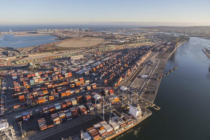Port of Los Angeles Automation: APM Terminal's automation at LA