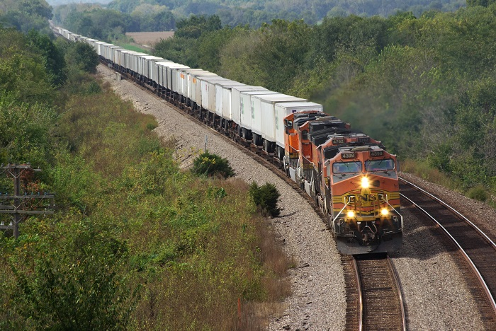 US Trucking News: US shippers hitting capacity barriers on