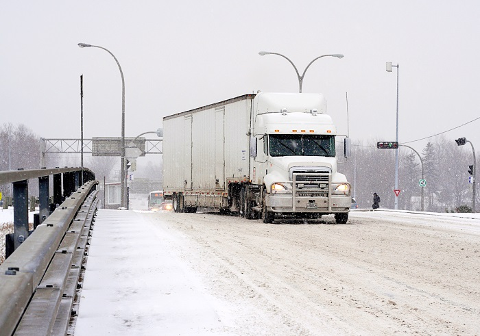 Canada maps truck ELD plan as US mandate takes hold | JOC com