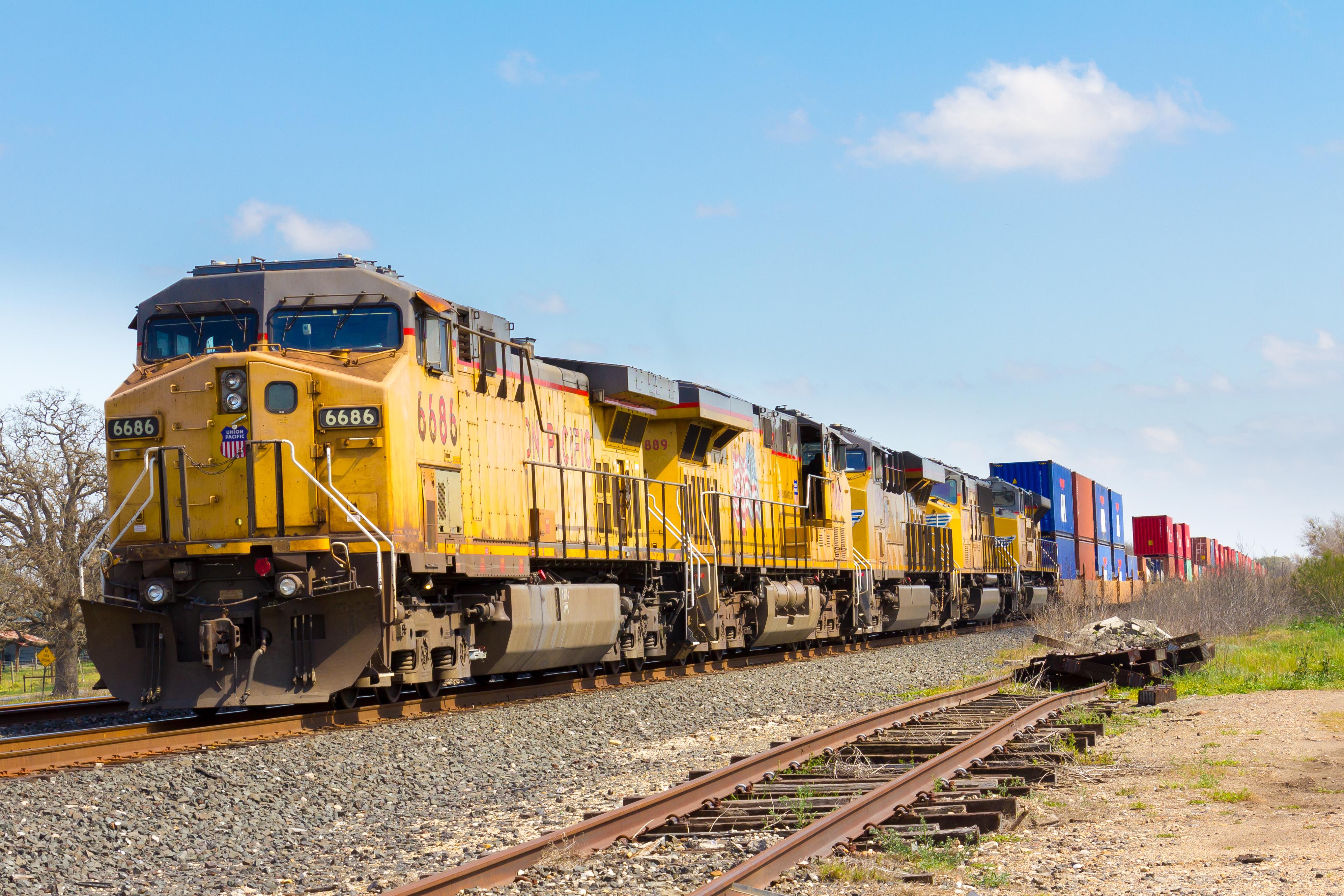 Railroad News: US intermodal rail fluidity improves, but