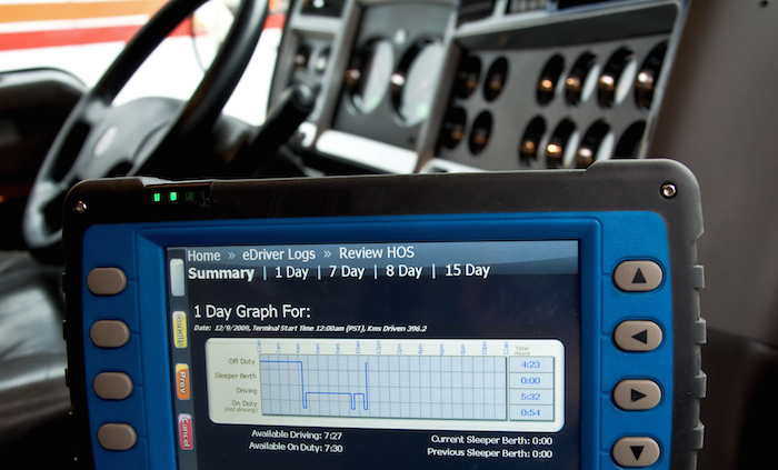 logbook app for truck drivers