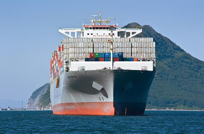 trans pacific spot rates dip despite import strength