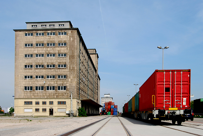 Image result for Why Is Intermodal Transportation Your Best Shot?