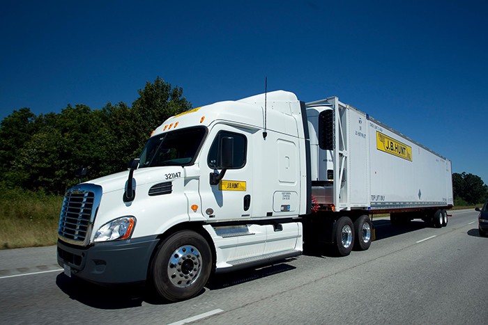 J.B. Hunt adds truck capacity, grabs market share