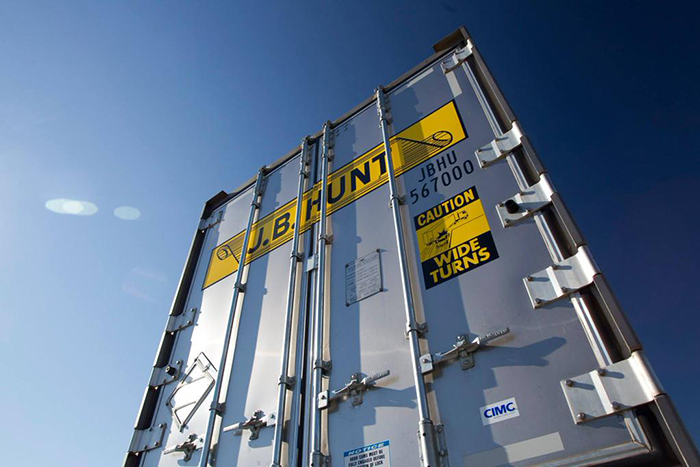 Lower surcharges cut J.B. Hunt revenue, but profit, volume rise