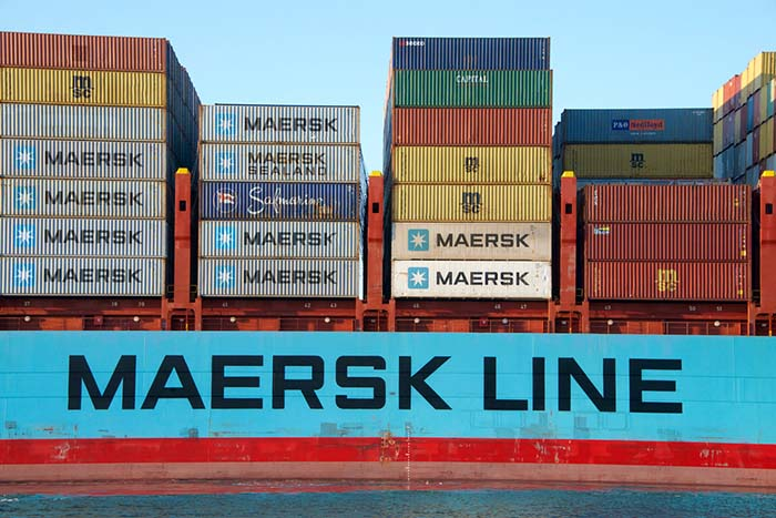 Graduate Customer Service Agents at Maersk Line