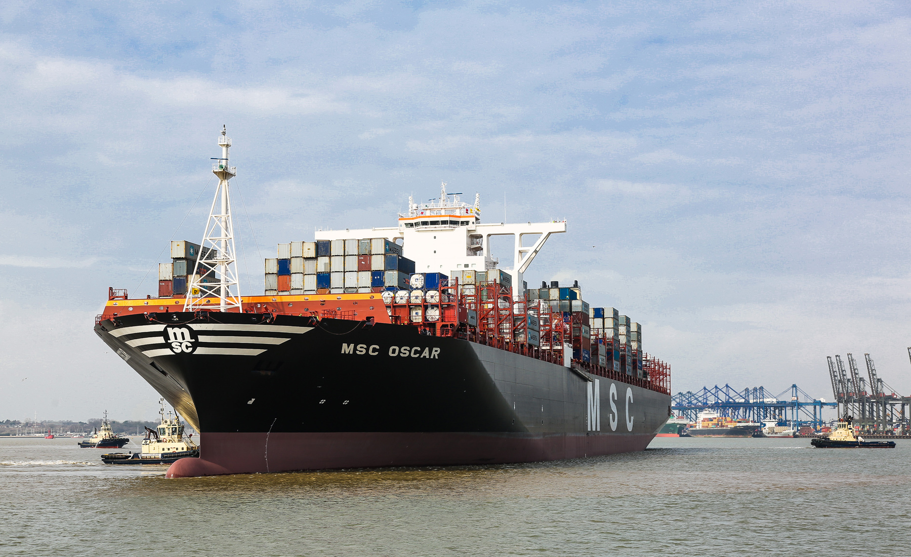 felixstowe port: msc latest to shift port call from it-troubled