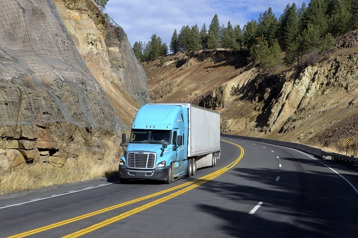 US Trucking: US spot truck rates rising in retail-rich lanes