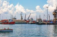 ndia considers ways to boost transshipment