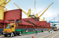 Washington, Oregon ports in a race for non-containerized shipments