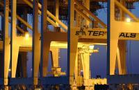 SSA Marine terminal cranes in Oakland