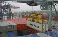 Port of New York and New Jersey cargo handling