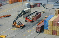 A number of issues on both coasts stand in the way of early contract talks between dockworkers and employers that could usher in an unprecedented period of labor peace at U.S. ports.