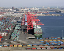 Total Terminals International at Long Beach, pictured, with capacity for more than 3 million TEUS, could provide a much-needed cash infusion to Hanjin Shipping.