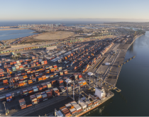 US ports running smoothly ahead of expected 'normal' peak