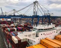 Charleston, Savannah win federal funding for berth upgrades
