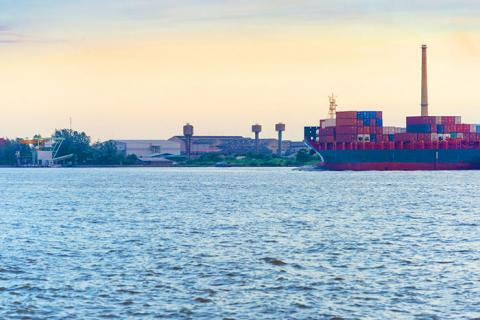 Container lines agreed to get rid of a good deal of extra charges levies on top of base freight rates in India, but would not agree to stop charging for inland haulage and terminal handling.