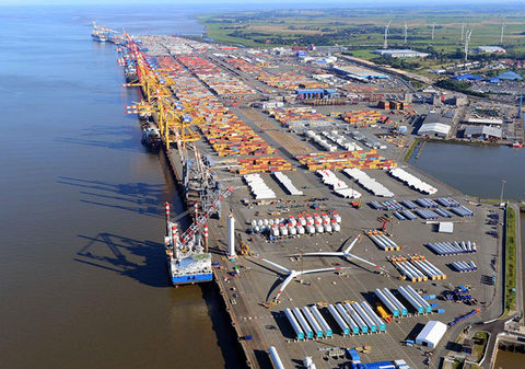 Traffic at Eurokai's German terminals, such as this one at Bremerhaven, grew at an unexpectedly brisk pace in the first half.