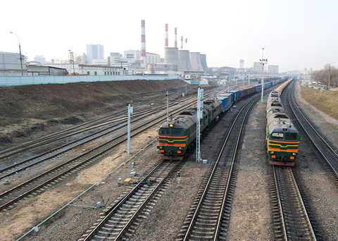 Rate cuts by the Russian rail monopoly RZD have made trucking uncompetitive with rail on some key routes, boosting the market share of the latter.