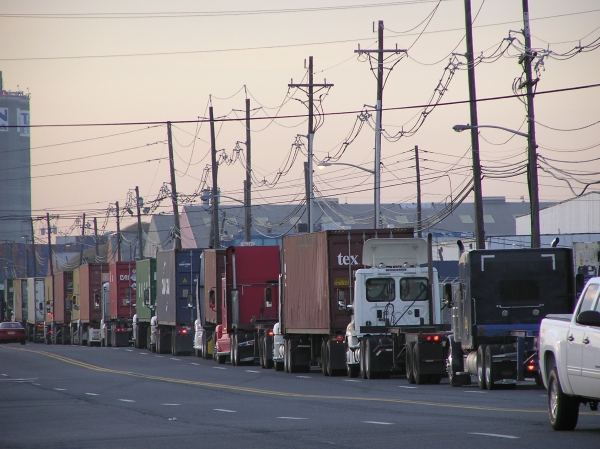 Line of trucks awaiting entry to a terminal at the port of New York and New Jersey
